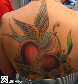 heart tattoo, design tattoo, tattoos, women tattoo, girl tattoo, sexy tattoo, back tattoo, broken heart tattoo