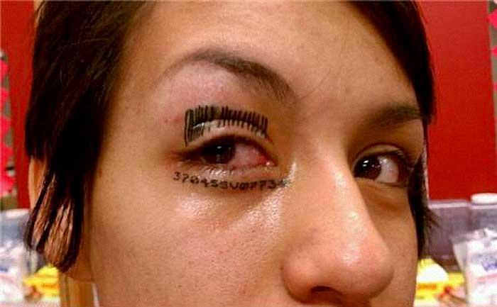 Bad tattoos top 50 of the world 39 s worst tattoos for Tattooed eyebrows gone wrong
