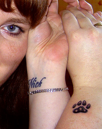 Source url:http://picsdigger.com/keyword/dog paw tattoo/: Size:445x605 - 40k